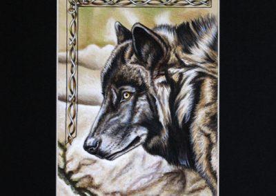 loup noir de profil